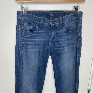 🎁4/20$🎁 Guess blue skinny jeans